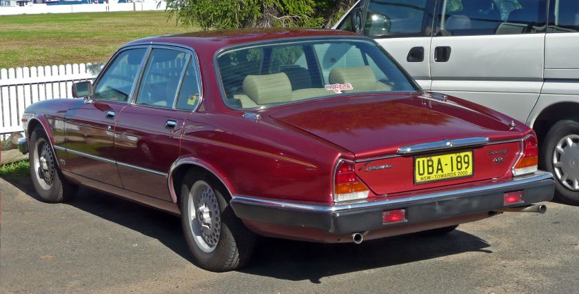 1983–86 Jaguar Sovereign 4.2 sedan (Australia)