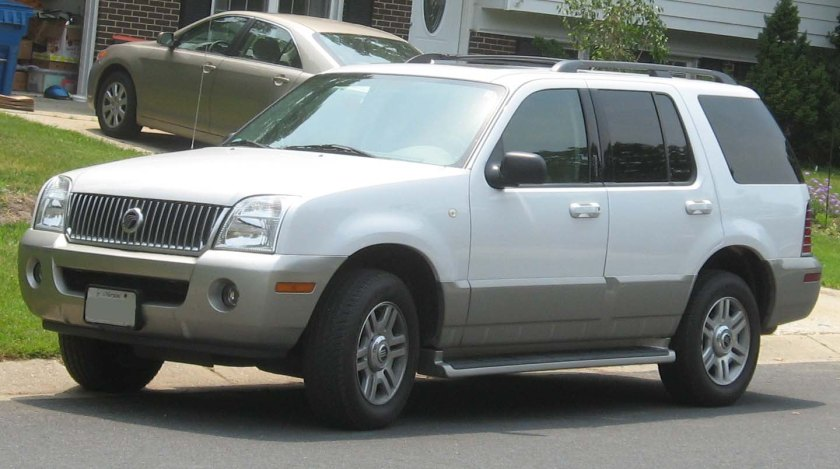 2002-05 Mercury Mountaineer photographed in USA.