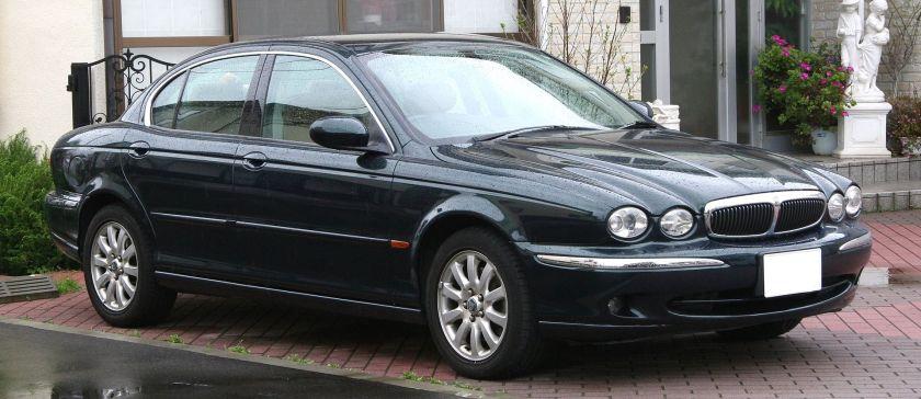 2002–2003 Jaguar X-Type saloon