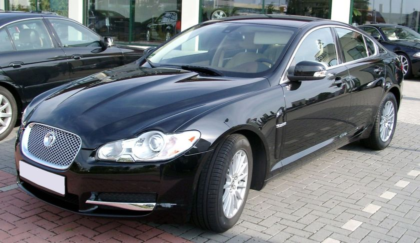 2008 Jaguar XF front