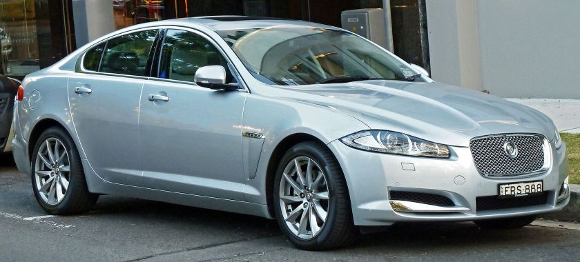 2011 Jaguar XF sedan facelifted