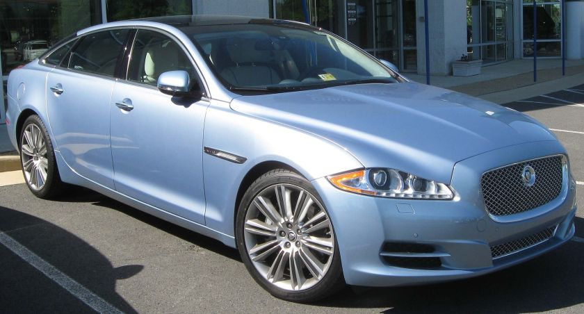 2011 Jaguar XJ-L photographed in Chantilly, Virginia, USA.
