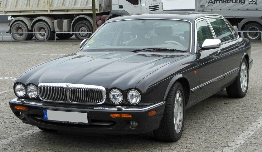 Daimler Super V8 (X308)