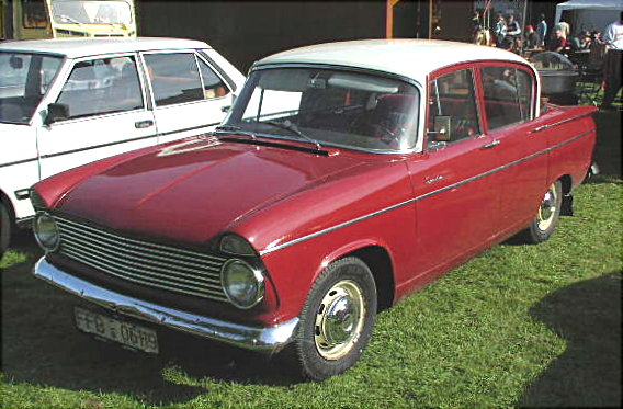 Hillman Minx Series III However, this is believed to be a Hillman Super Minx (pre-facelift)