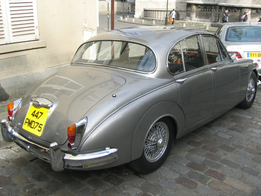 Jaguar Mark 2 (2)