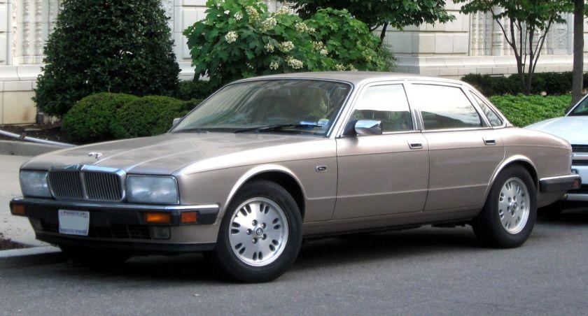 Jaguar XJ6 US-market XJ6 (XJ40)