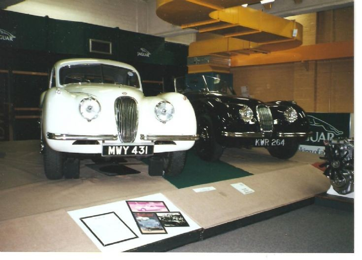 Jaguar XK120 (left) and XK150 (right)