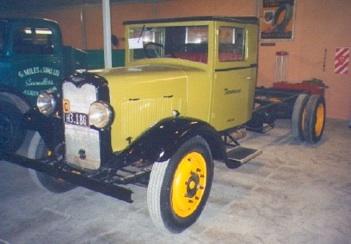 1934 Commer Centaur 2 tonner