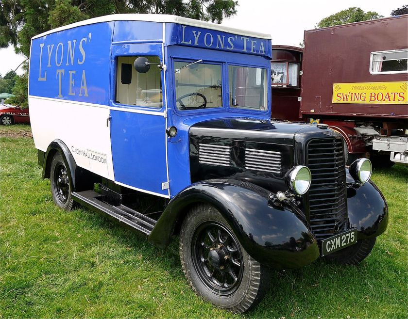 1936 Commer Lyons Tea