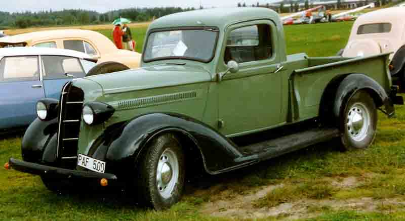 1936 Dodge pickup showing its influence on the military models