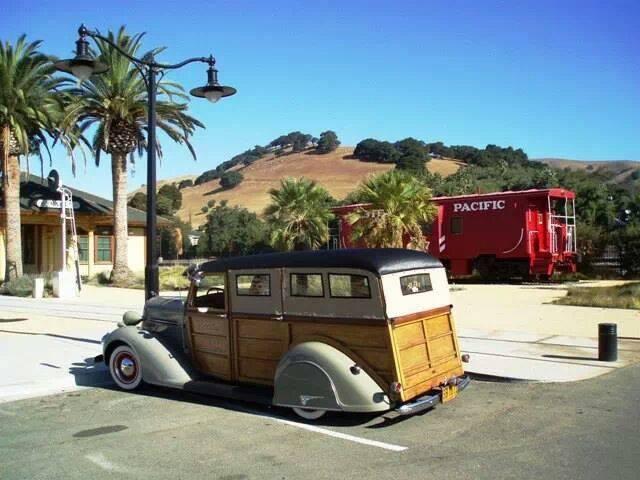 1936 Dodge Suburban