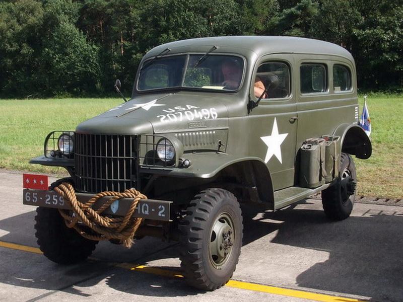 1942 dodge2 (1)