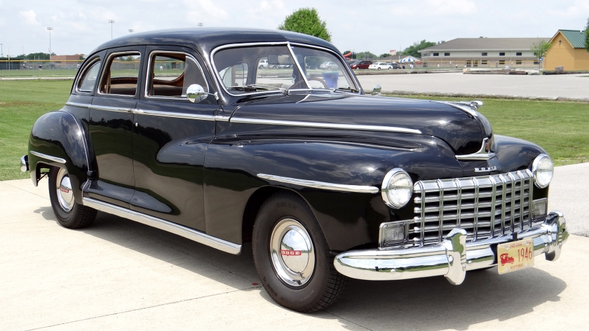 1946 Dodge Custom 4-door sedan
