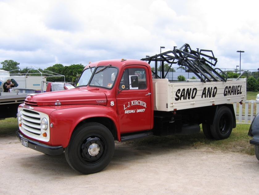 1949 Commer with automatic loader