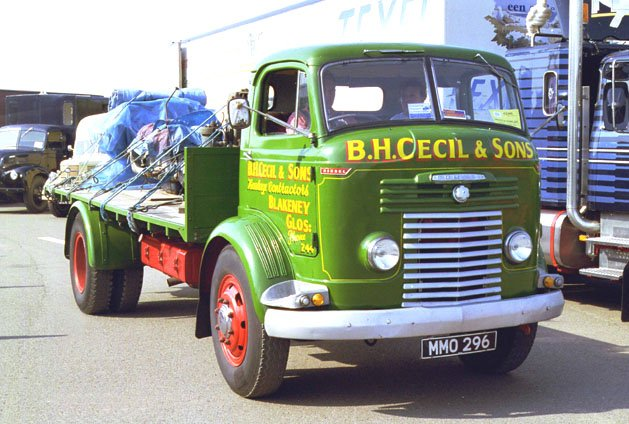 1955 Commer ts3