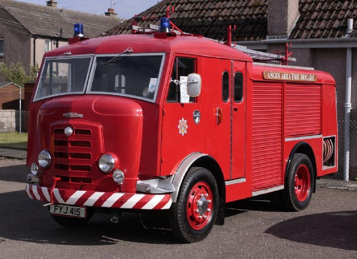1956 Commer Karrier at Carnoustie