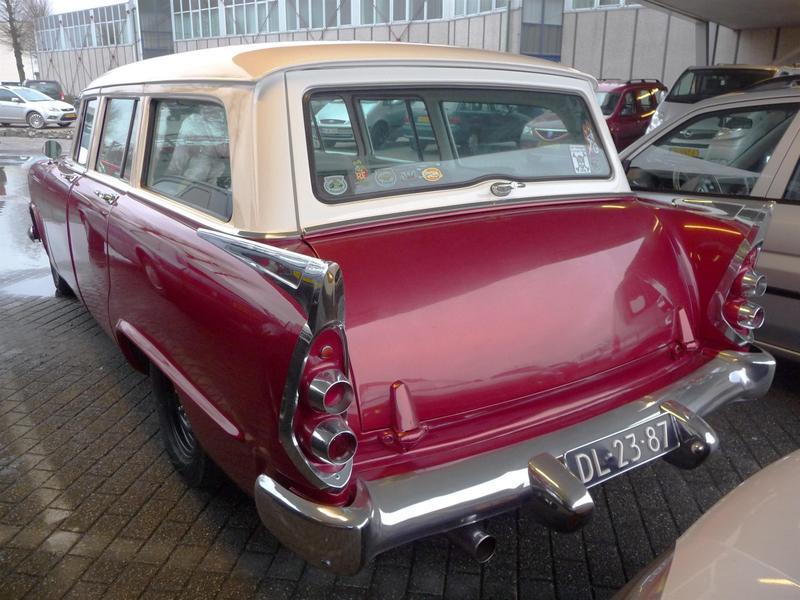 1956 Dodge Sierra, BJ  V8 Zyl., Motor ist auf LPG-Betrieb b