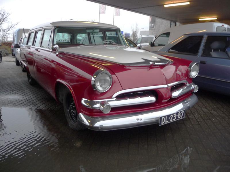 1956 Dodge Sierra, BJ  V8 Zyl., Motor ist auf LPG-Betrieb