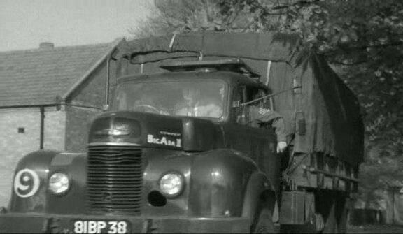 1958 Commer Q4