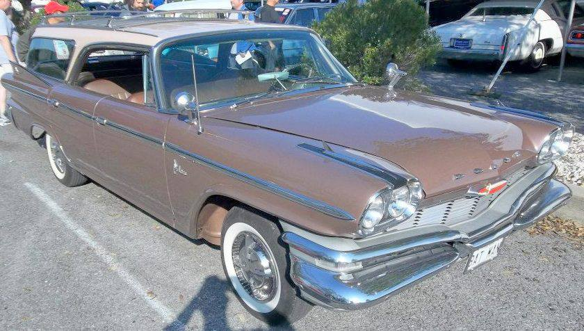 1960 Dodge Polara 9 passenger wagon