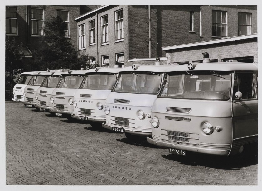 1964 Ambulance Commer 2500