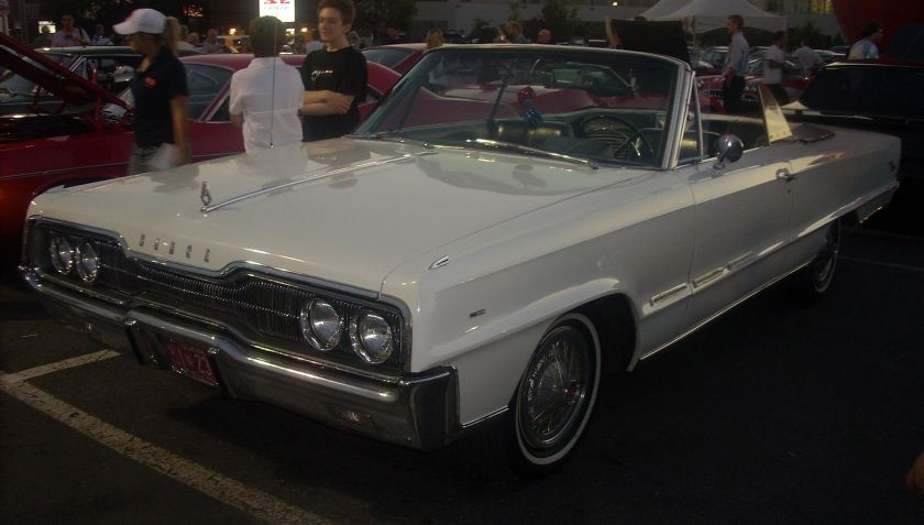 1966 Dodge Monaco 500 Convertible (Canadian market only)