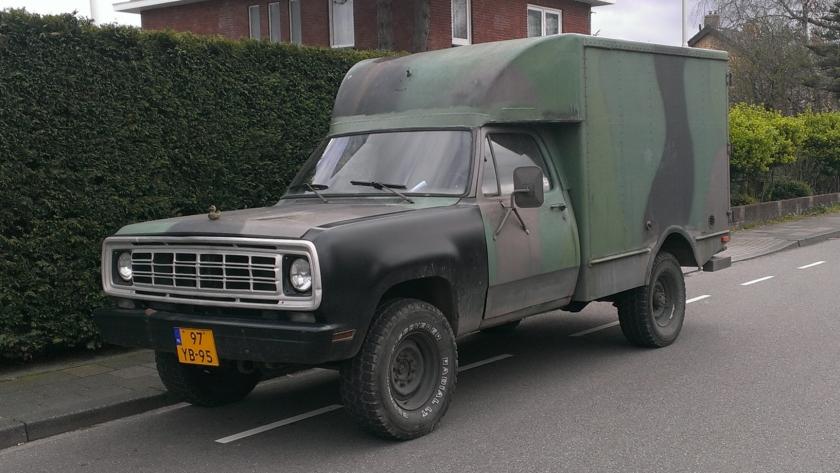 1976 Dodge W200 CUCV