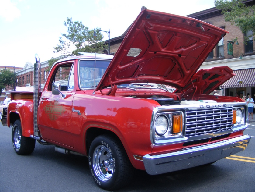 1978 Dodge D100 Li'l Red Express Truck