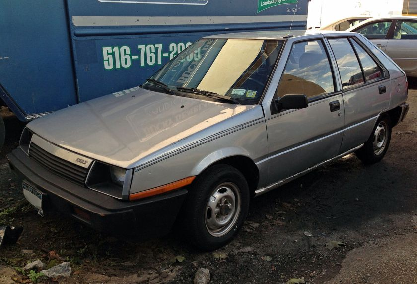 1985 Dodge Colt E5-dr hatch, front