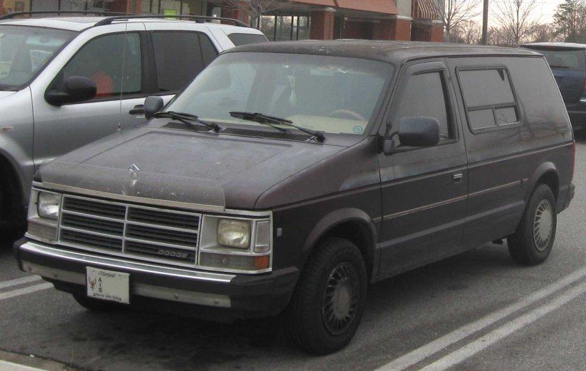 1989–90 Dodge Caravan CV