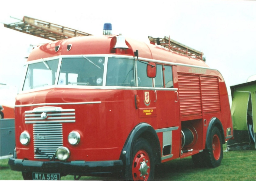Somerset Fire Brigade Commer Miles WrT C11