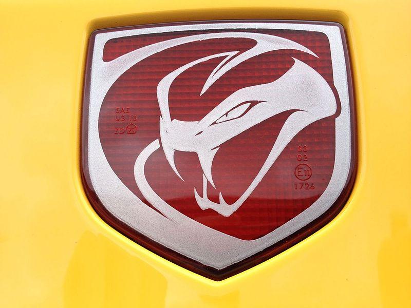 Lexus is 200 toyota altezza calandra emblema logotipo Front grille Emblem