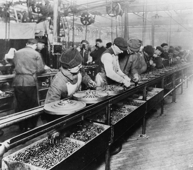 1913 Ford assembly line