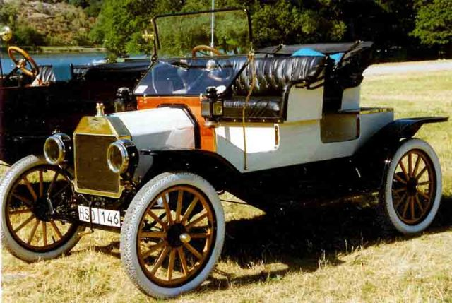 1913 Runabout
