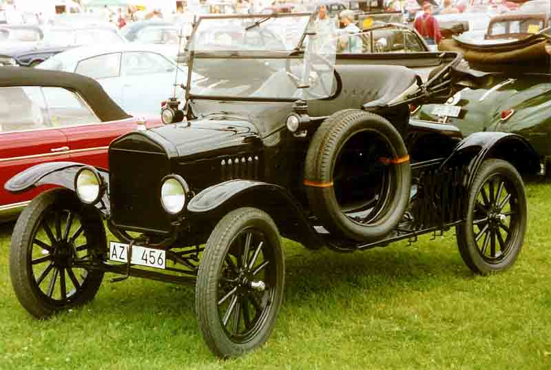 1923_Ford_Model_T_Runabout_AZW456