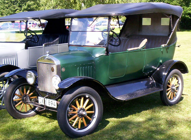 1924_Ford_Model_T_Touring_CX_894
