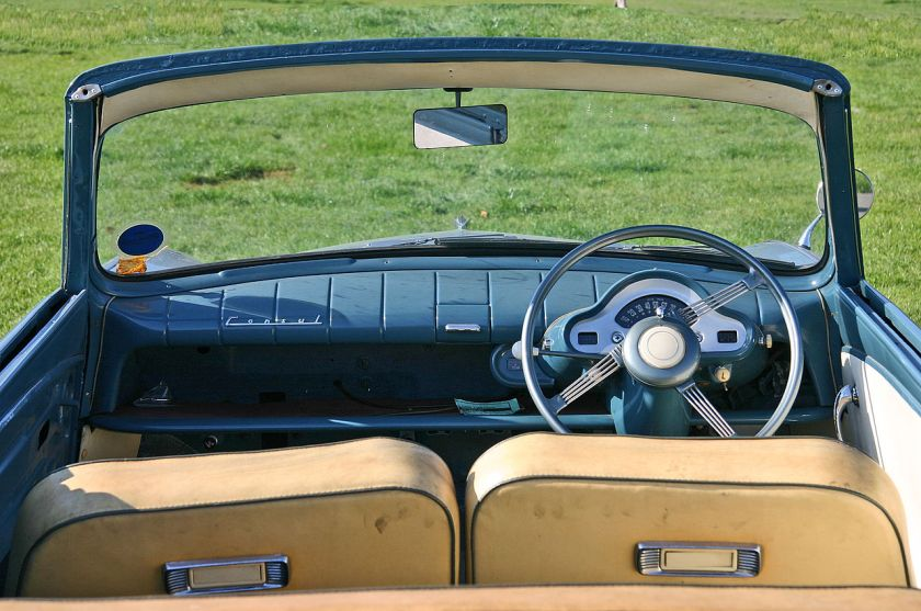 1952 Ford Consul MkI inside