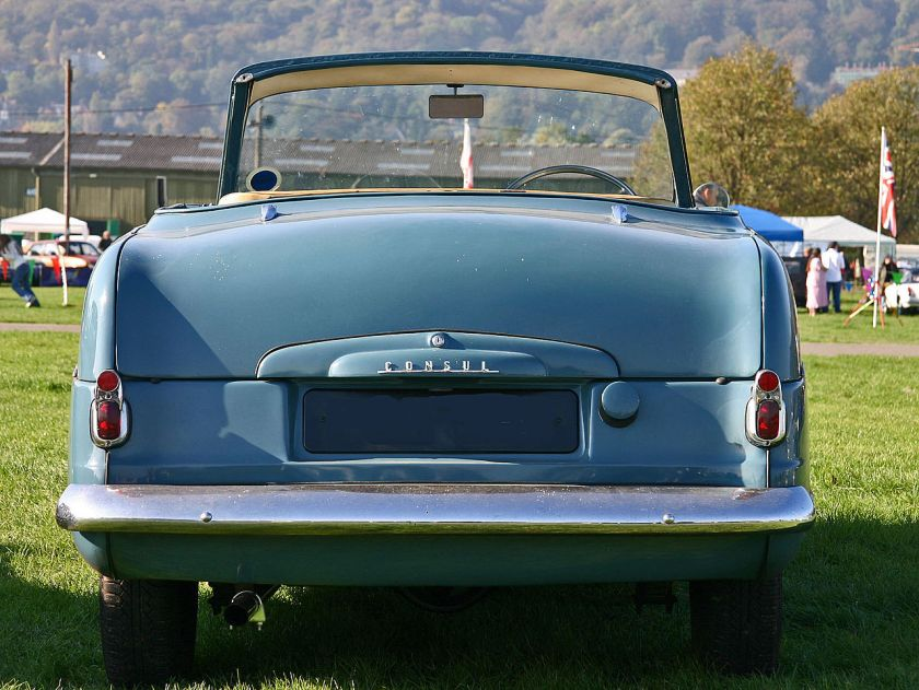 1952 Ford Consul MkI tail