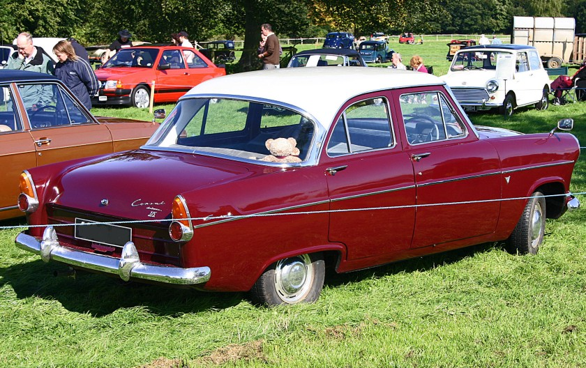 "Ford Consul 375 (204E).  This was the ""run out"" version of the Consul MkII, introduced in 1961 with the name ""375"" and a few trim changes."