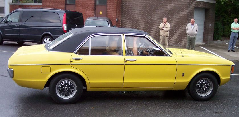 1972-75 Ford Consul GT 4-door Saloon 2,3l V6