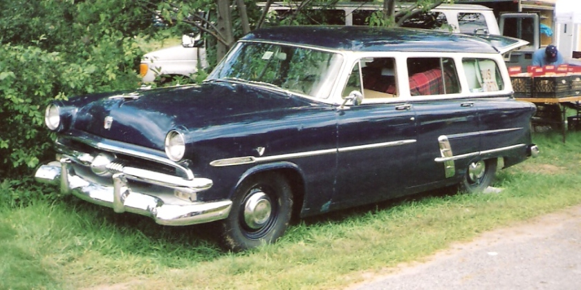 1953 Ford Customline Country Sedan