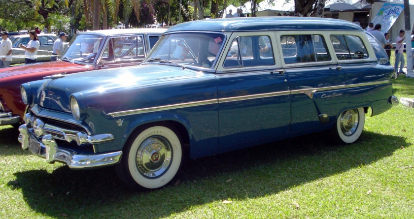 1954 Ford Customline Country Sedan