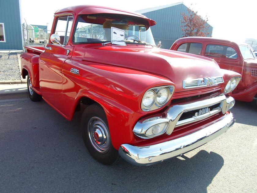1959 GMC 9310 pickup truck