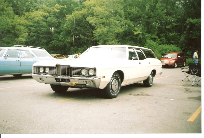 1972 Ford Country Sedan