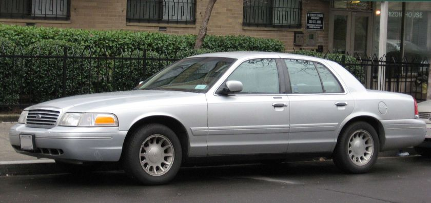 1998–2002 Ford Crown Victoria LXa