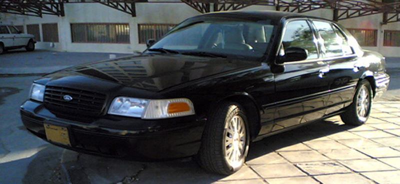 2003 model Ford Crown Victoria LX in Kuwait. Saudi Special.