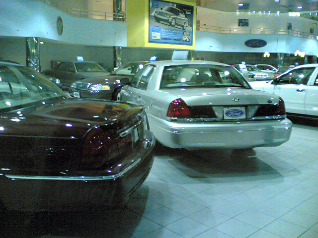 2005 Crown Victoria Standard at a Ford-Lincoln-Mercury dealership in Kuwait