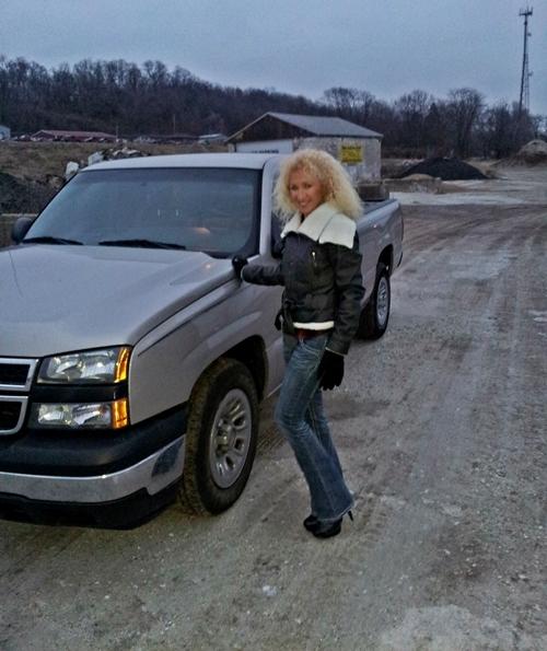 2006_Chevrolet_Silverado_Pickup_Truck