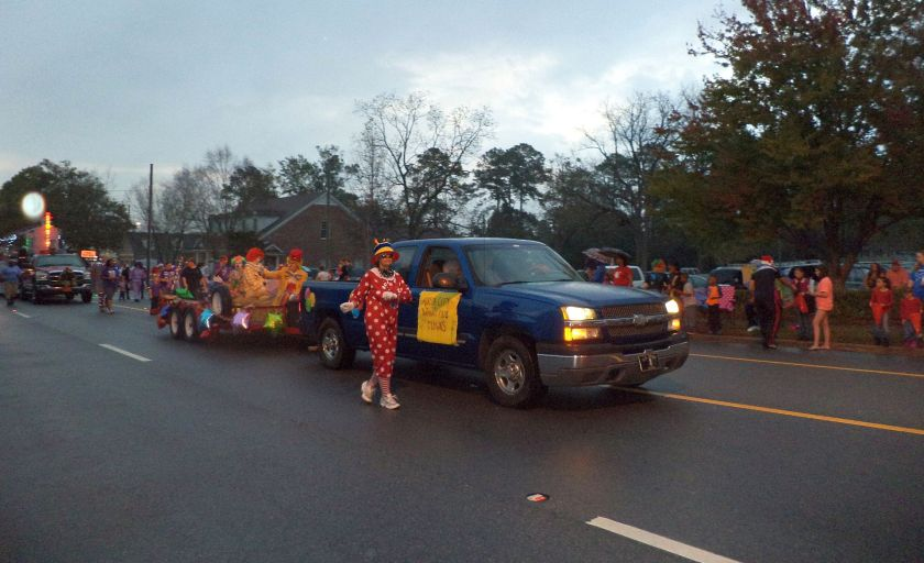 2013_Greater_Valdosta_Community_Christmas_Parade_086
