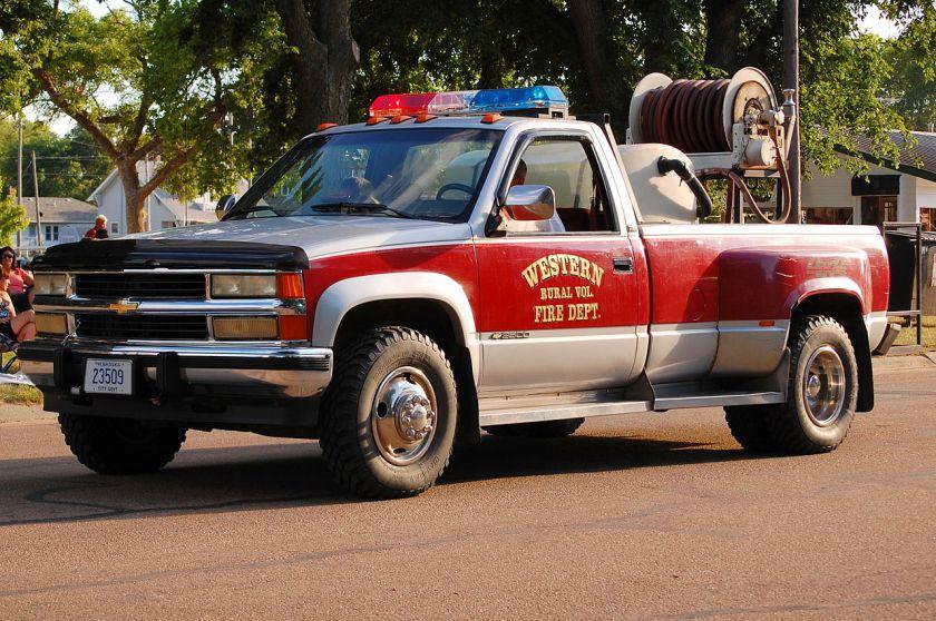 Chevrolet Silverado firetruck_at_Old_Settlers_Picnic,_Western,_Nebraska